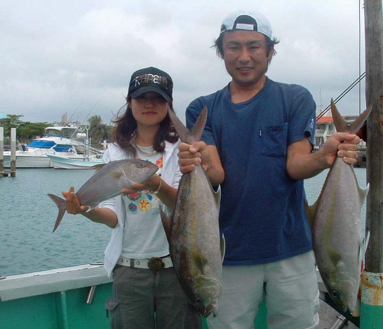 ジギングでカンパチを釣った夫婦
