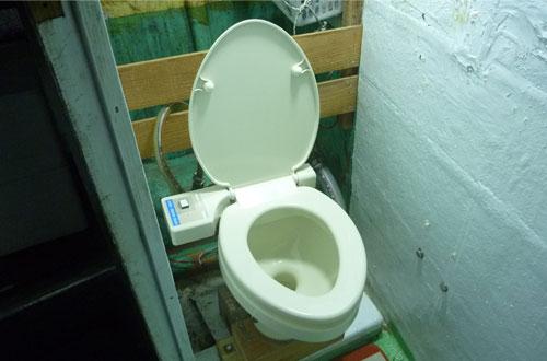 鶴丸のトイレ