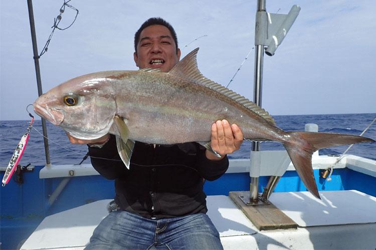 9kgのカンパチを釣った男
