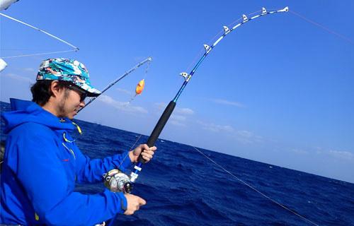 シイラ釣り中