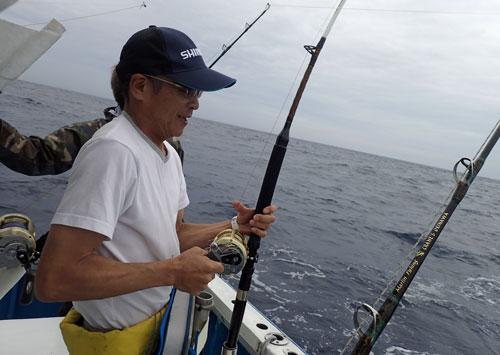 スマガツオ釣り中