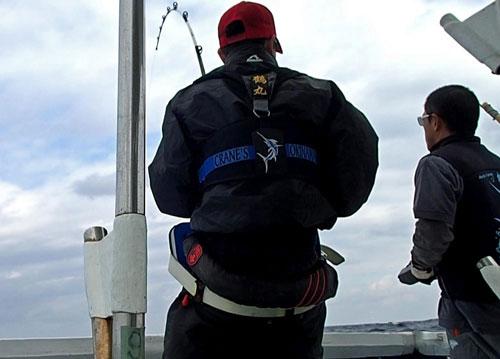 バショウカジキと釣っている男