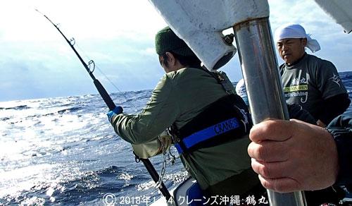バショウカジキのファイトと鶴丸船長