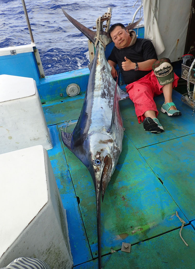 ブルーマーリンMarlin fishing iin okinawa