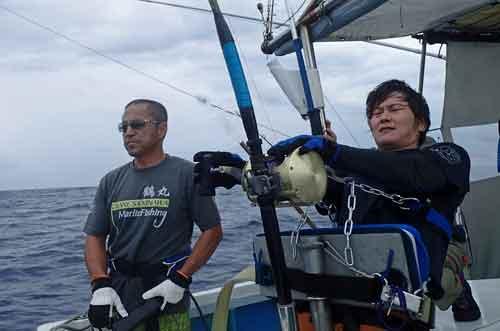 鶴丸船長とアングラー