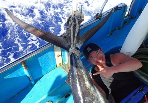 2日連続カジキを釣り上げた広島県から来た24歳のアングラー
