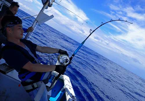 Marlin fishing in Okinawa by young people from Hong Kong