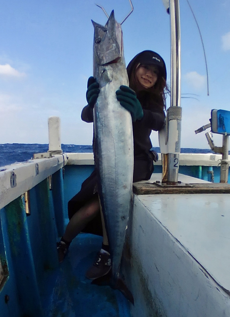 wahoo fishing in okinawa japan