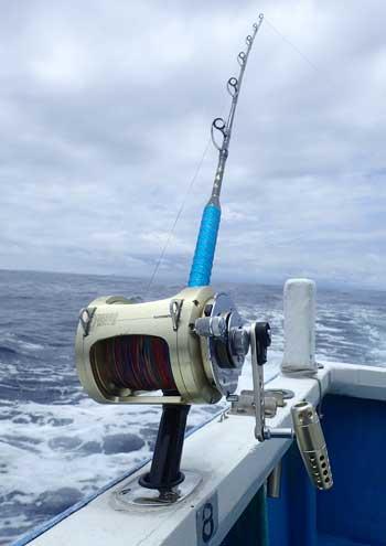 本日カジキを釣ったロッドはクレーンズ沖縄、鶴丸の船長自作