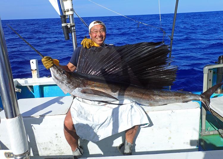 クレーンズ沖縄のトローリング釣れたバショウカジキ
