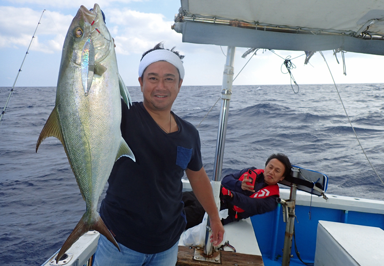 クレーンズ沖縄のジギングで釣れたカンパチ