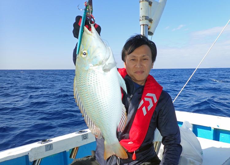 クレーンズ沖縄のジギングで釣れたタマン