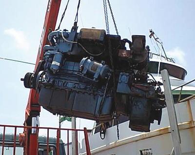 鶴丸の旧エンジン