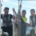 クレーンズ沖縄、鶴丸の船上120kgのカジキ